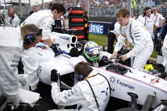 Felipe Massa quer ter um carro mais competitivo na F-1