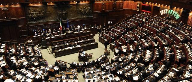 La discussione del taglio degli stipendi alla Camera