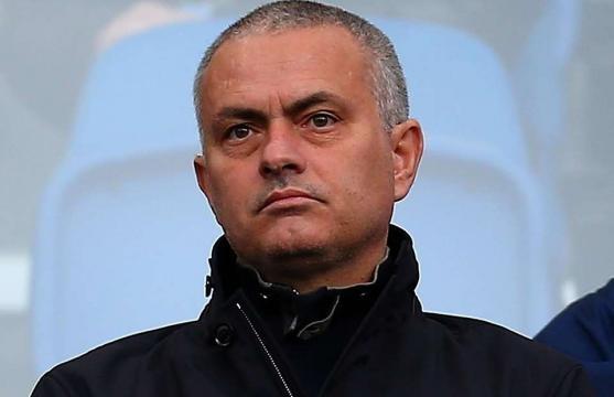 Jose Mourinho offered Real Madrid job amid Manchester United ... - givemesport.com