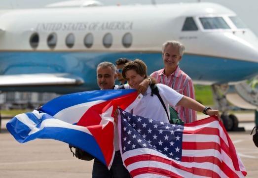 Historic commercial flight from US lands in Cuba - U.S. - Stripes - stripes.com