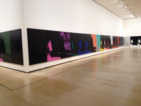 Obra homologada que cubre cada muro de la enorme sala del Guggenheim