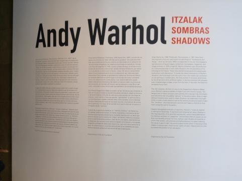 Shadows de Andy Warhol en las paredes del Guggenheim Bilbao
