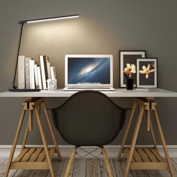 Aukey LT-T10 lampada su scrivania