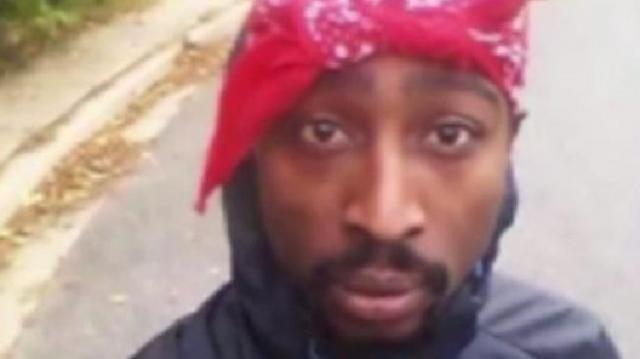 Le sosie sud-africain de Tupac Shakur
