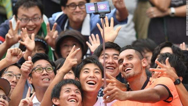 Nick Kyrgios: Posing with tennis fans - CNN.com - cnn.com
