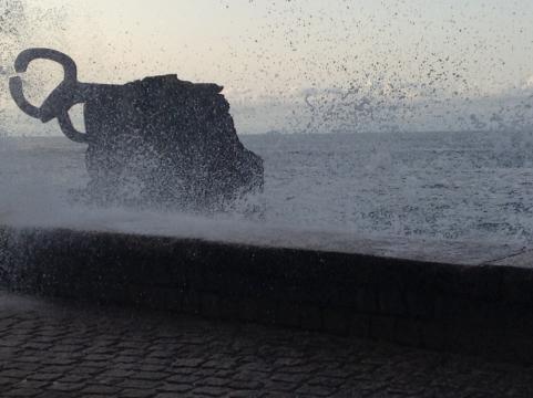 'El peine del viento' escultura emblemática de Chillida