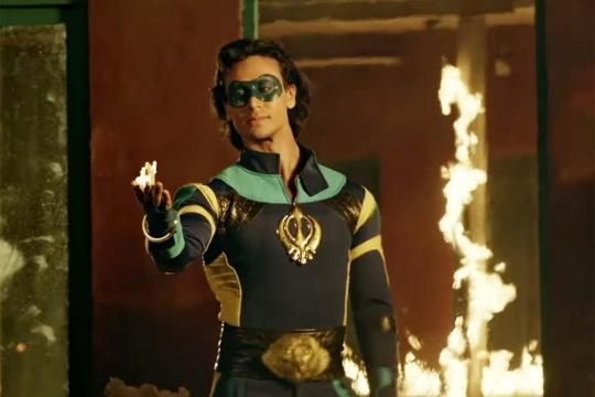 A Flying Jatt Review: Feels Like a Slog Because It's Amateurishly ... - news18.com