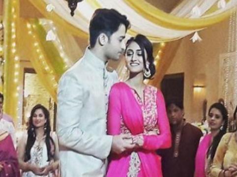 Sonakshi - Dev wedding sangeet pics - (Youtube screen grab)