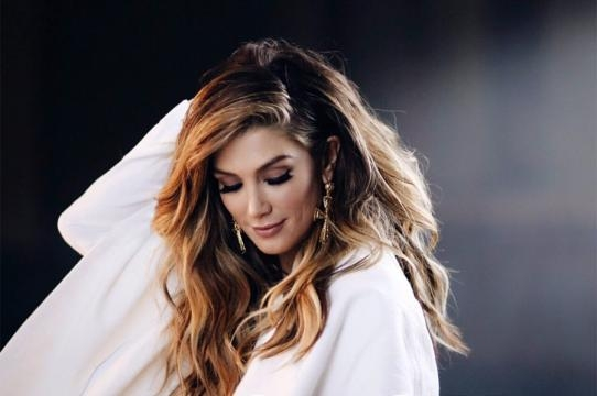 "Delta Goodrem Releases New Music Video for ""Enough"" featuring Gizzle - pmstudio.com"