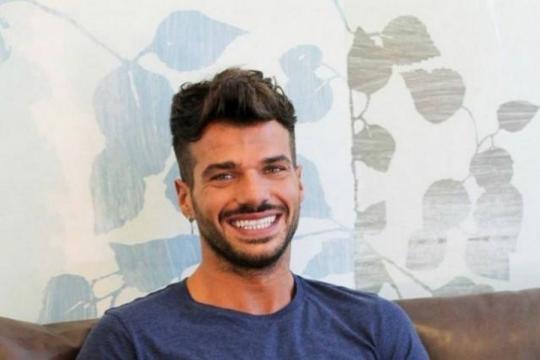 Luigi Pignatelli sul Trono Gay a Uomini e Donne, il programma di ... - agoramagazine.it