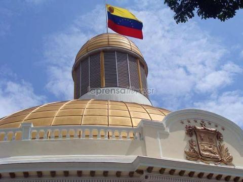 Venezuela: Parlamento debate el lunes abandono del cargo de Maduro - laprensalibre.cr
