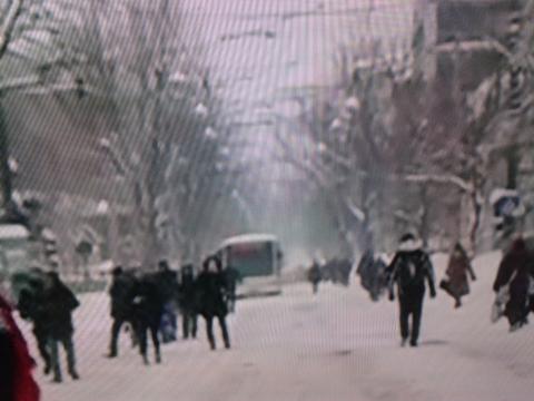 Vin și autobuzele în urma călătorilor că de este iarnă!