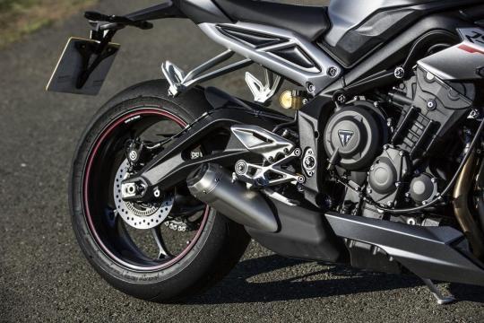 Moto tem agora motor de três cilindros de 765 cc