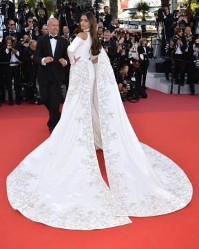 Sonam Kapoor at the Cannes Film Festival 2016