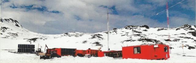 La nieve del polo es permanente incluso en verano austral.