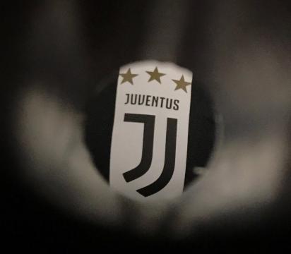 El nuevo escudo de la Juventus de Turín