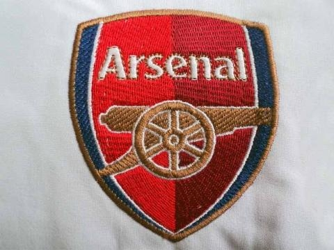 photo-logo-arsenal-15-embrostitch - Embrostitch - embrostitch.com