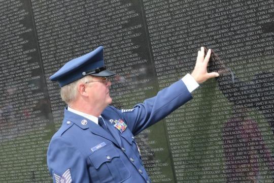 Vietnam Veterans Memorial | Trust for the National Mall - nationalmall.org