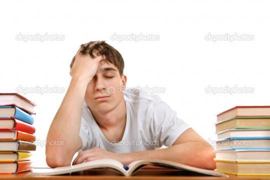 Studente triste e stanco — Foto Stock © sabphoto #37792165 - depositphotos.com