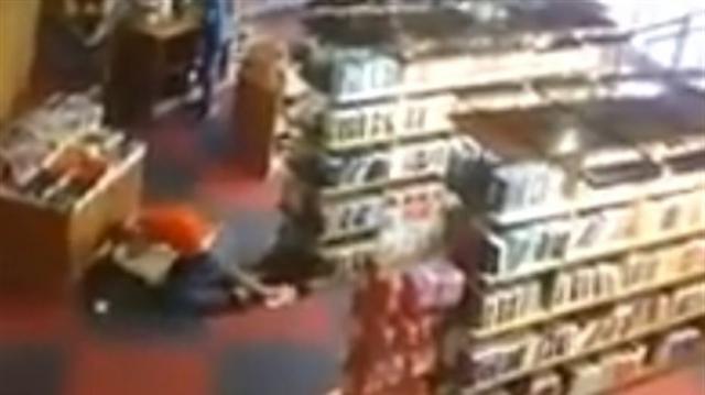 Humberto Costa se envolve em briga em livraria no Recife ... - com.br