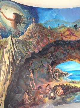Pintura mural que sintetiza la percepción histórica desde su origen mágico.