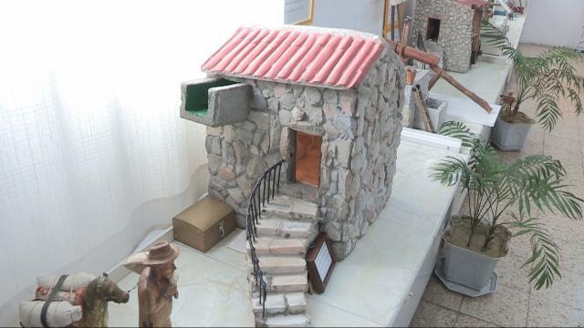 Réplica em miniatura de um moinho da aldeia Cidadelha de Jales.