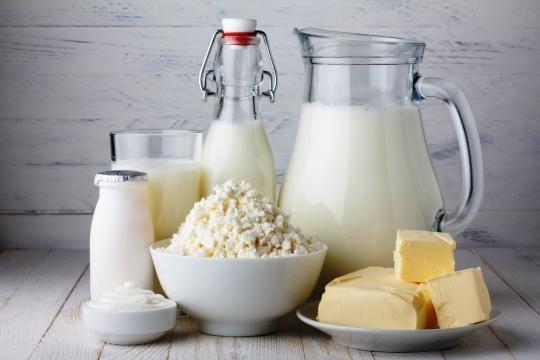Per latte e prodotti lattiero caesari arriva l'obbligo dell'indicazione sulla confezione di luogo d'origine e trasformazione.