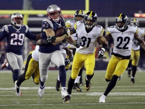 They're Back: Brady and Patriots win AFC, 36-17 vs Steelers ... - blufftontoday.com