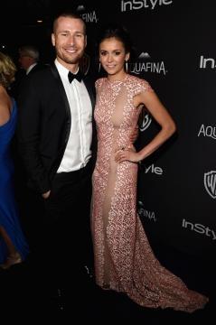 Nina Dobrev et Glen Powell en couple