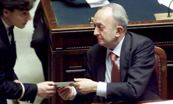 È morto Tullio De Mauro, addio al celebre linguista ex ministro - velvetnews.it