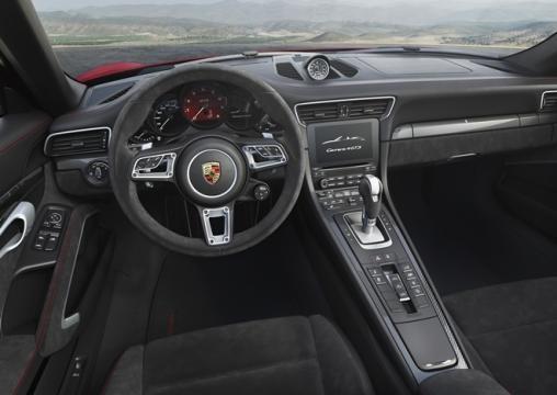 Interior do novo Porsche 911 GTS 2017