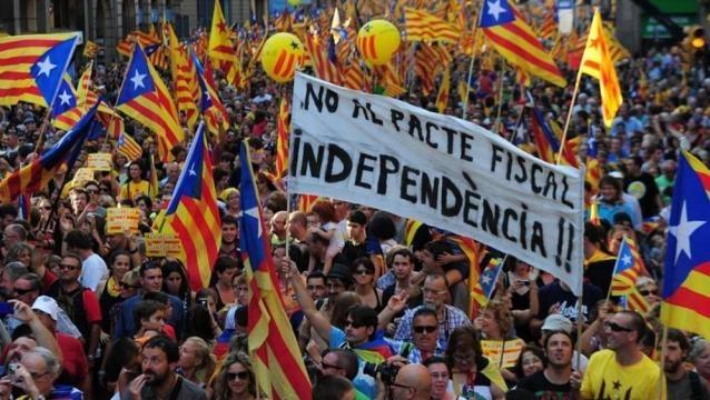 Il parlamento catalano: referendum sull'indipendenza ad ottobre ... - lastampa.it
