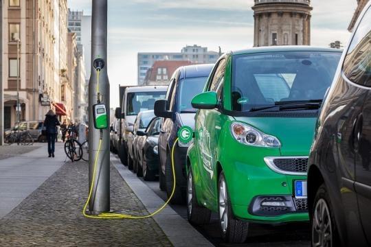 Centros de carga públicos para autos eléctricos en Europa