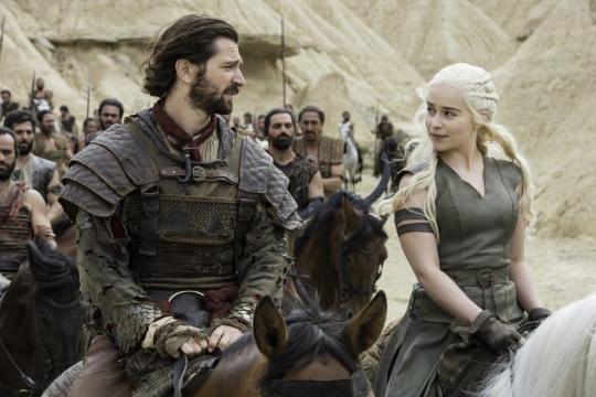 La madre de Dragones con El lider de los segundos hijos