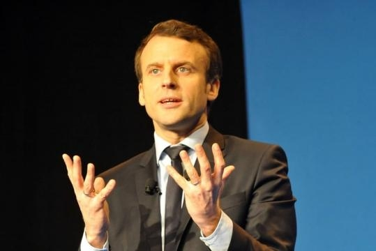 propose Emmanuel Macron pour l'éducation ? - journaldesfemmes.com