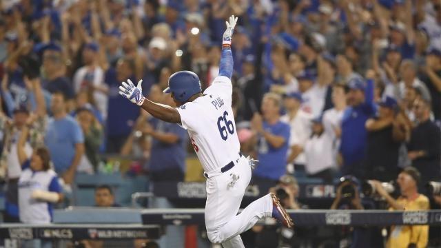 Yasiel Puig ha sido el bate más encendido de los Dodgers en lo que va de postemporada. Dodgers.com.