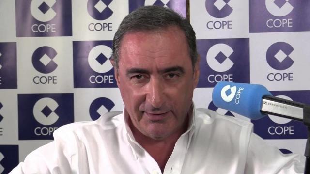 Carlos Herrera llama