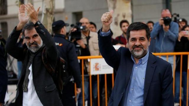 hora de Jordi Cuixart y Jordi Sánchez en prisión - lavanguardia.com