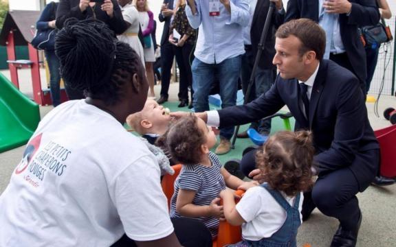 Lutte contre la pauvreté : le gouvernement veut «investir ... - leparisien.fr