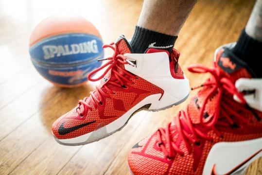 #Nba #stephencurry #lebronjames I campioni del basket contro il razzismo.