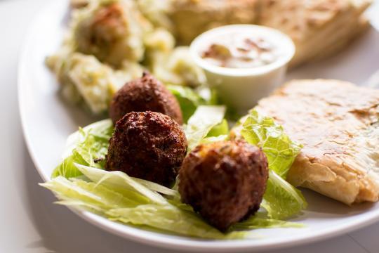 Falafel (or Felafel), image by Jeff Velis via Pixabay