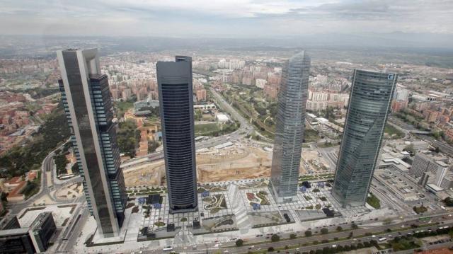 34 empresas se mudan de Cataluña a Madrid cada mes y 22 hacen el ... - elpais.com