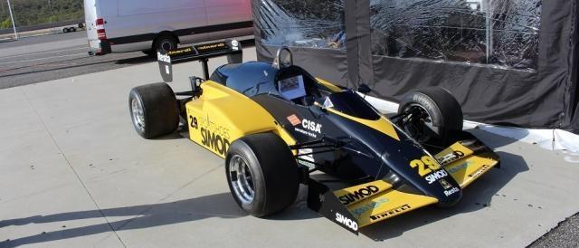 O F1 da Minardi na área de exposição