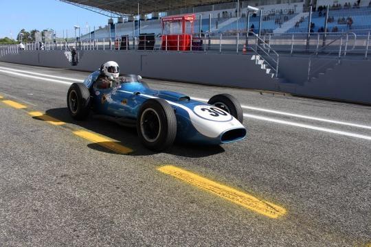 O Scarab Offenhauser prepara-se para a volta de qualificação