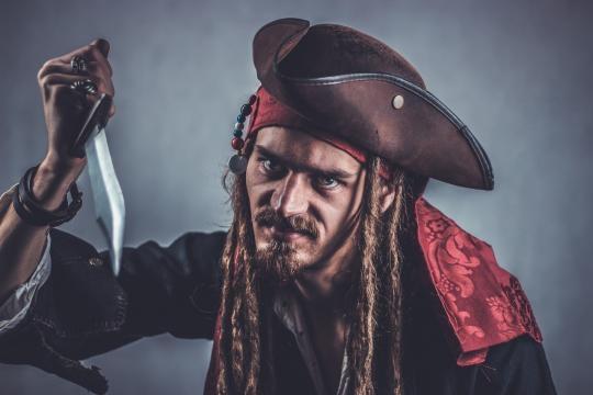 Johnny Depp piace a tutti, ok, ma il pirata ad Halloween non è un po' fuori luogo?