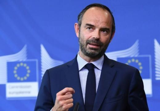 Mineurs étrangers: l'Etat «assumera l'évaluation» de leur âge et ... - liberation.fr