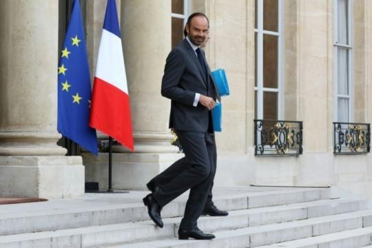 Mineurs isolés: Philippe vise une «solution conforme» aux demandes ... - liberation.fr