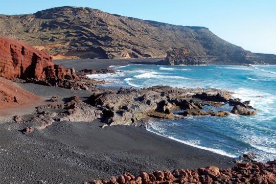 All Inclusive Holidays Lanzarote | All Inclusive Hotels Lanzarote - riu.com