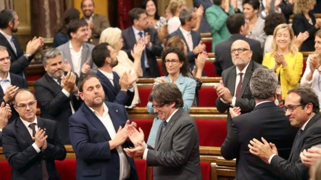 Referéndum Cataluña 1-O: El Parlament tendrá hoy otra jornada ... - elconfidencial.com