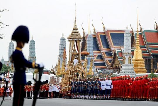 Thailand nimmt Abschied vom König | ZEIT ONLINE - zeit.de
